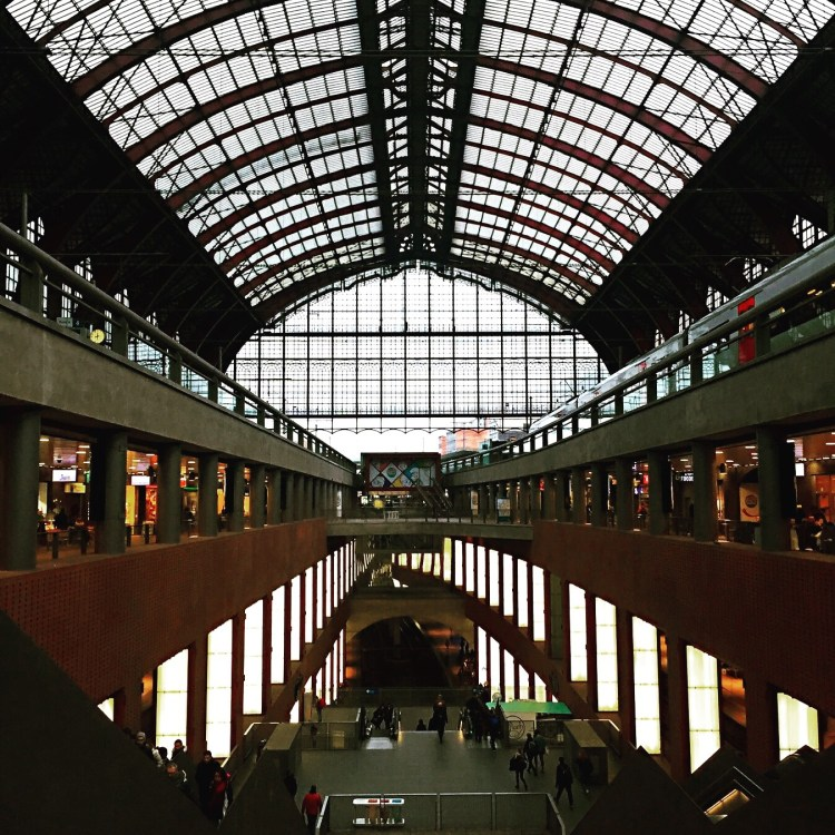 Antwerp Centraal station - 24 Hours in Antwerp