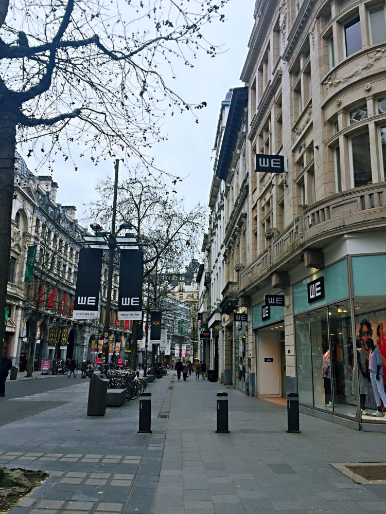 Meir shopping street - 24 Hours in Antwerp