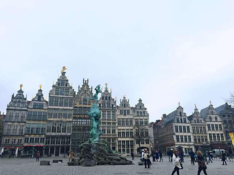 Grote Markt - 24 Hours in Antwerp