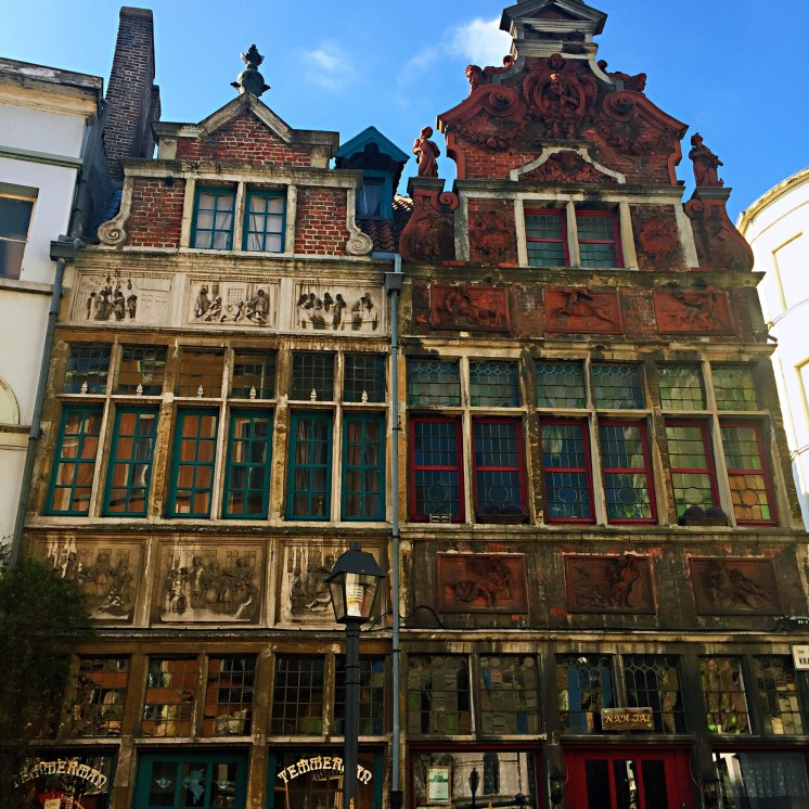 Old medieval houses in Patershol - reasons to visit Ghent