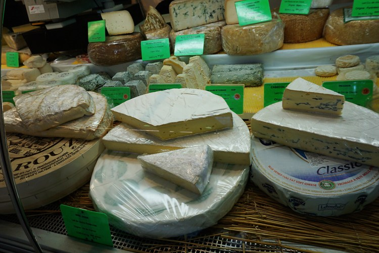French cheese - SecretMoona - Reasons to love France