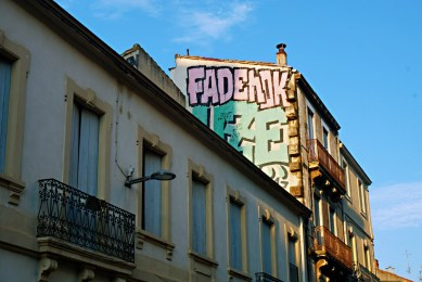 Graffiti in a building facade - Street art Montpellier