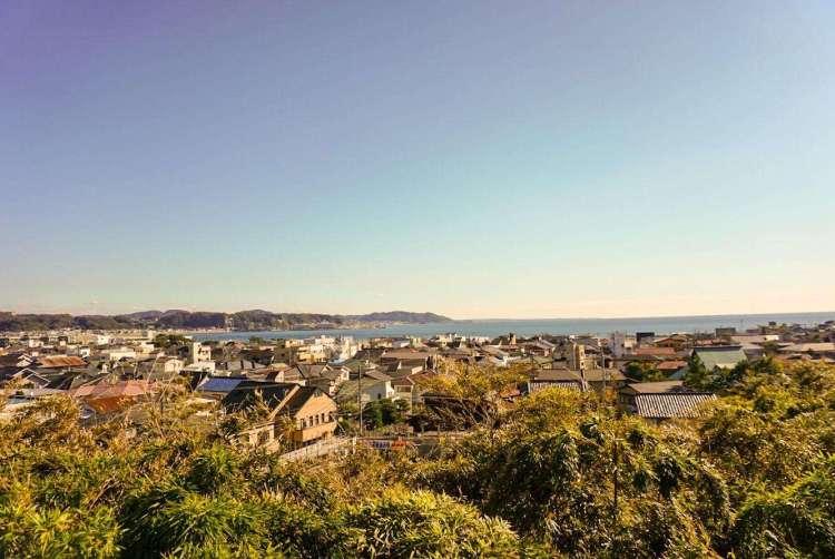 View of the coastal town of Kamakura  - Kamakura day trip