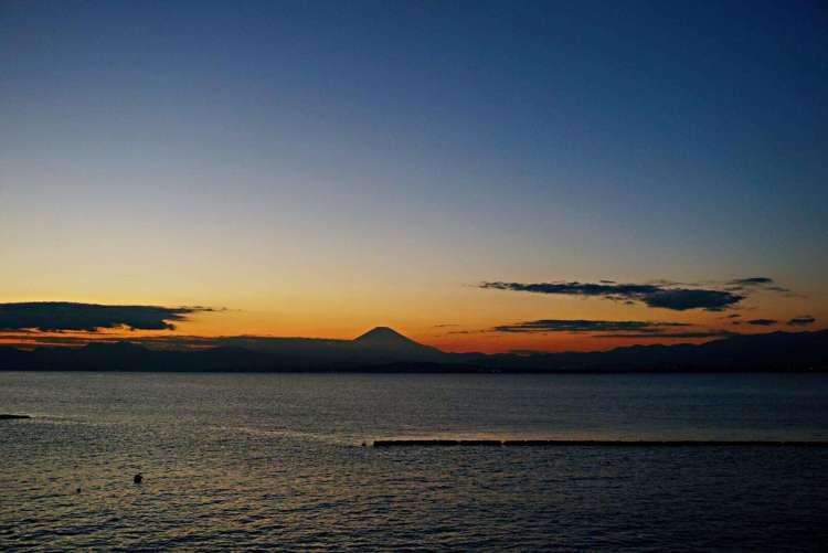 Mount Fuji sunset - Enoshima day trip