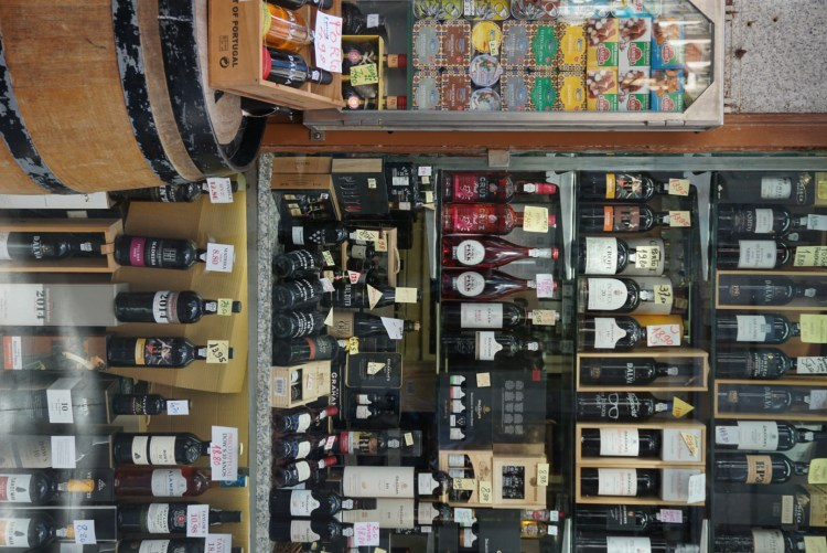 Port wines in a shop window - 2 days in Porto, Portugal