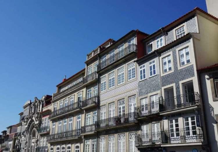 Porto building - 2 days in Porto, Portugal