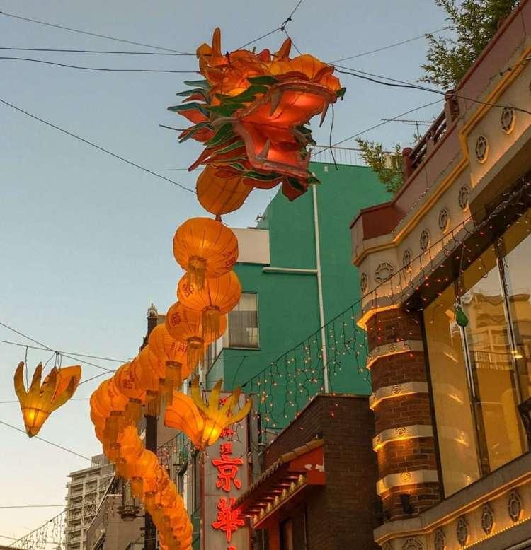 Dragon lanterns - Things to do in Yokohama