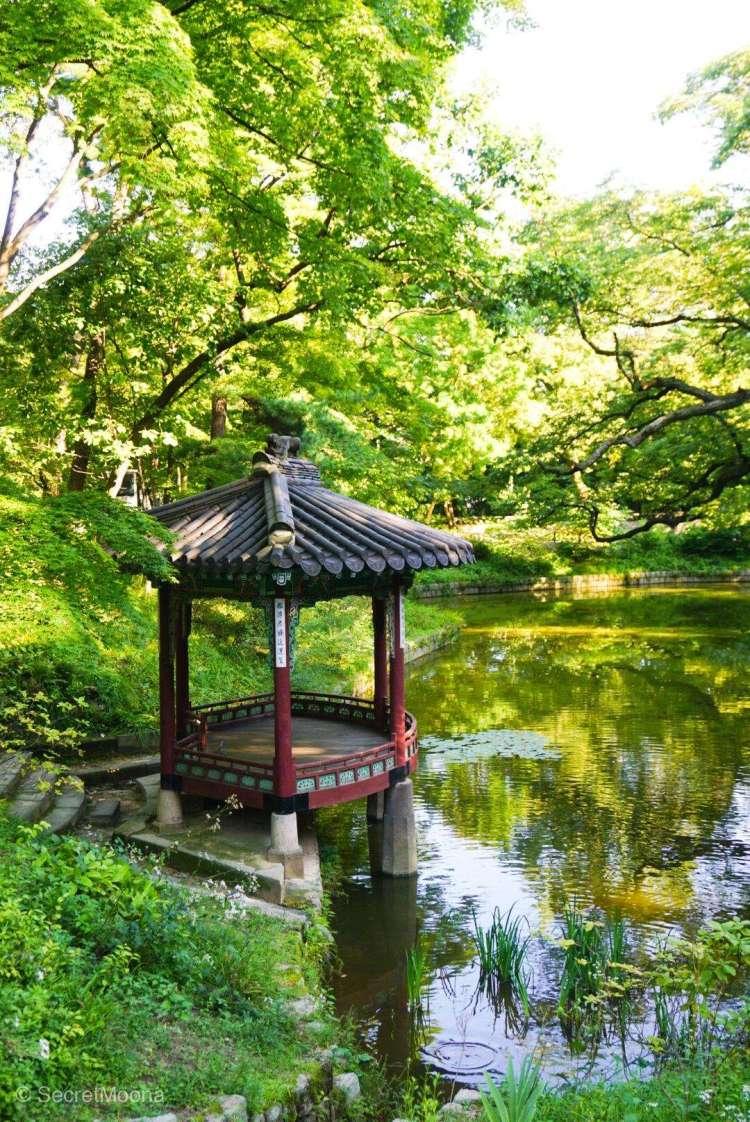 Bandoji Pond - Yeongyeongdang Hall