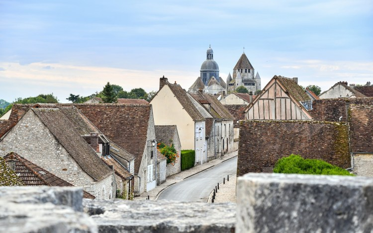 Streets of Provins. Guide to the most picturesque and most impressive walled cities and towns in France.