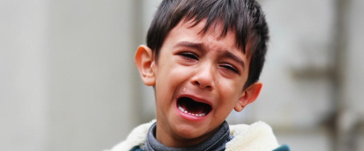 """Élimination de Sarkozy : Les élèves musulmans en pleurs - """"On voulait + de frites"""""""
