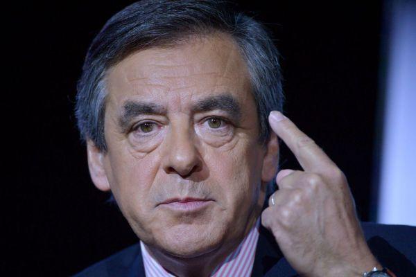 """François Fillon : """"Si chaque chômeur trouve un emploi, le chômage sera vaincu ! Bougez-vous le cul !"""""""