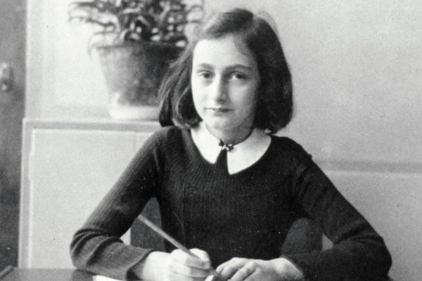 Anne Frank, la rescapée d'Auschwitz, est décédée ce jeudi à l'âge de 87 ans