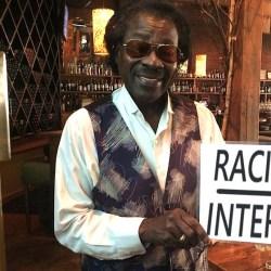 """LILLE : Il ouvre un bar """"Interdit au racisme"""" juste à côté du bar des identitaires"""