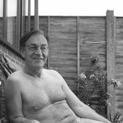 Alain Finkielkraut et le naturisme : «C'est la liberté, c'est sauvage. Ça rappelle Adam et Eve et surtout je n'ai pas de traces de maillots»