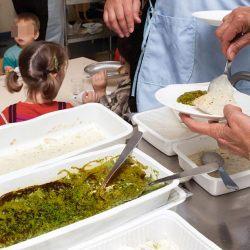 Cantines scolaires : des traces de matières fécales retrouvées dans 70% des plats proposés aux enfants