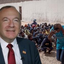 Esclaves en Libye : Le MEDEF propose de les rapatrier et de leur offrir des stages rémunérés en tickets restaurant