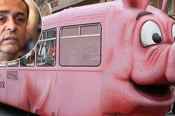 Le tramway à tête de cochon commandé par Robert Ménard est arrivé à Béziers
