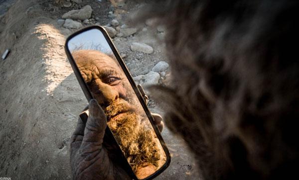 homme-sale-4 Il ne s'est pas lavé depuis 1972 : rencontre avec le Zadiste le plus sale de Notre-Dame-Des-Landes
