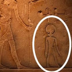 Khéops : des extraterrestres découverts sur de mystérieux hiéroglyphes égyptiens