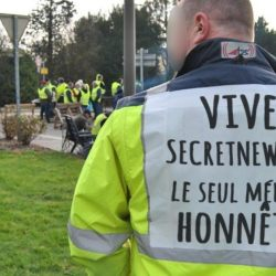 Le gouvernement annonce une taxe sur les gilets jaunes pour compenser les pertes des blocages
