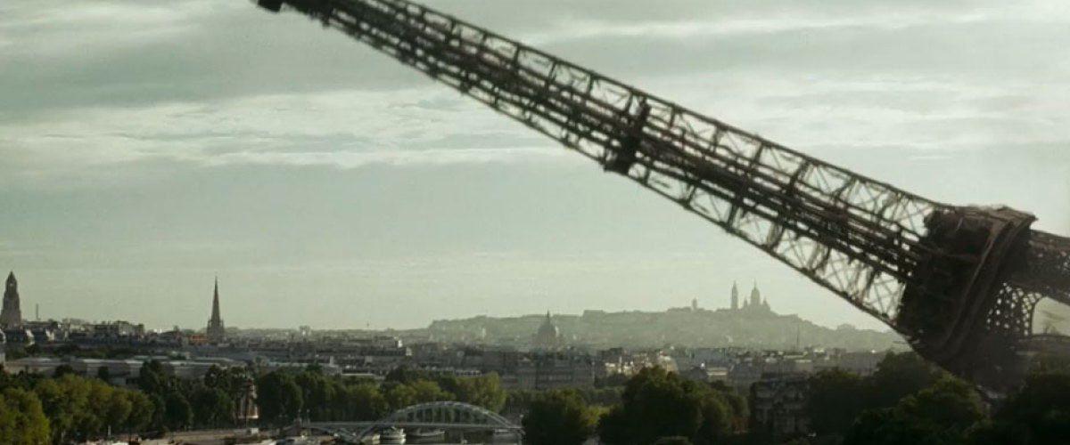 Les Gilets Jaunes ont fait tomber la tour Eiffel