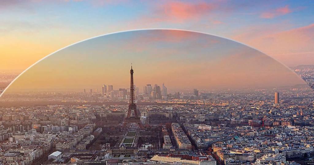 Coronavirus : Paris en quarantaine et recouvert d'un dôme en plexiglas