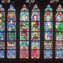 Arnaud, Bouygues, Pinault  et  ... Macron ... figureront sur les nouveaux vitraux de Notre-Dame