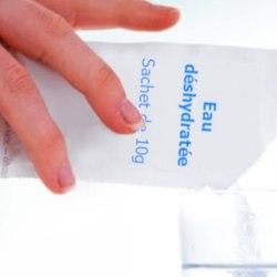 Astuces vacances : réduire le poids de son sac à dos grâce à l'eau déshydratée
