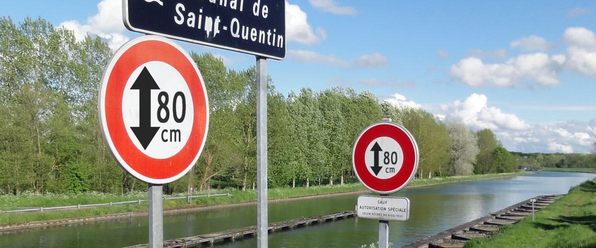 Violences policières : la hauteur des cours d'eau limitée à 80 cm