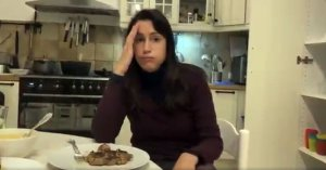 """Julie Graziani virée : """"Elle ne gagne plus assez pour divorcer"""", se désole son mari"""