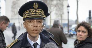 Bilal Hassani remplace Didier Lallement et devient le nouveau Préfet de police de Paris