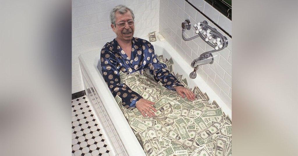 Convalescence de Patrick Balkany : des bains d'argent pour lui remonter le moral