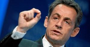 """Accusé de racisme, Sarkozy se défend : """"je n'ai rien contre les races inférieures !"""""""