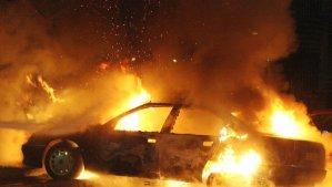Couvre feu : le traditionnel brûlé de voiture interdit le 31 décembre après 20H
