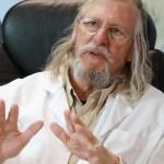 """Didier Raoult : """"l'hydroxychloroquine c'est de la merde, surtout n'en prenez pas"""""""