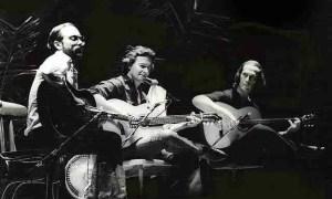 Al Di Meola, John Mclaughlin y Paco de Lucía, en un concierto en Barcelona en los 80. Foto de F. Antolín Hernández