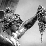 Perseo y la gorgona bailarina
