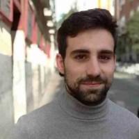 """Juan  Gallego Benot: """"Al fin se ha acabado, en la poesía joven, la idea de genio, que era una forma machista y pervertida de leer y de escribir"""""""