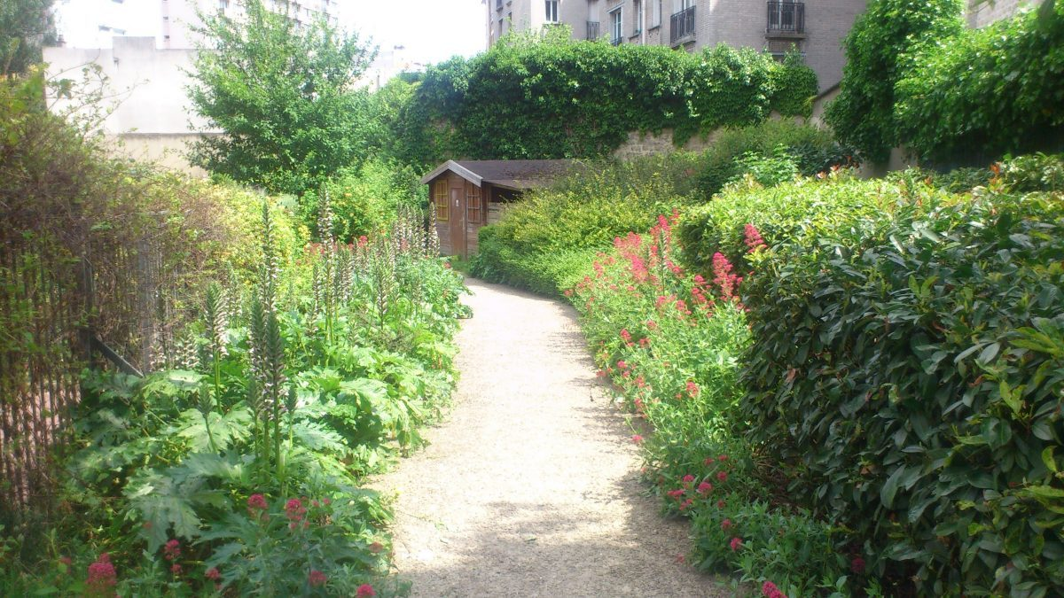 garden in Paris