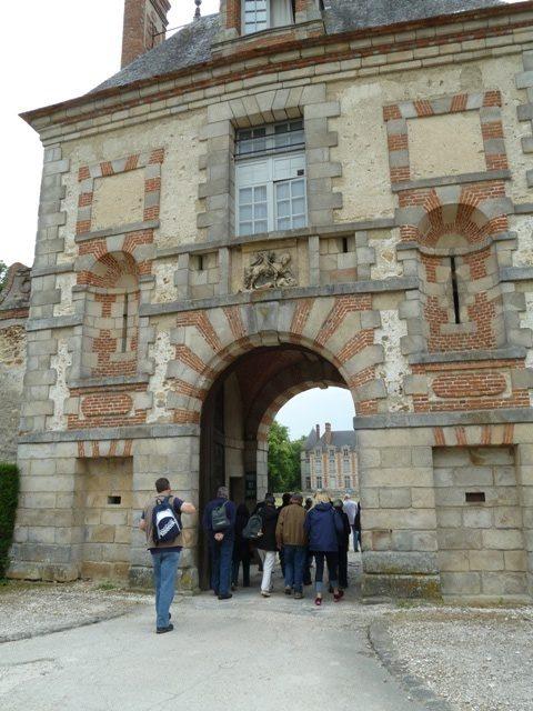 Fleury-en-Bière Garden entrance