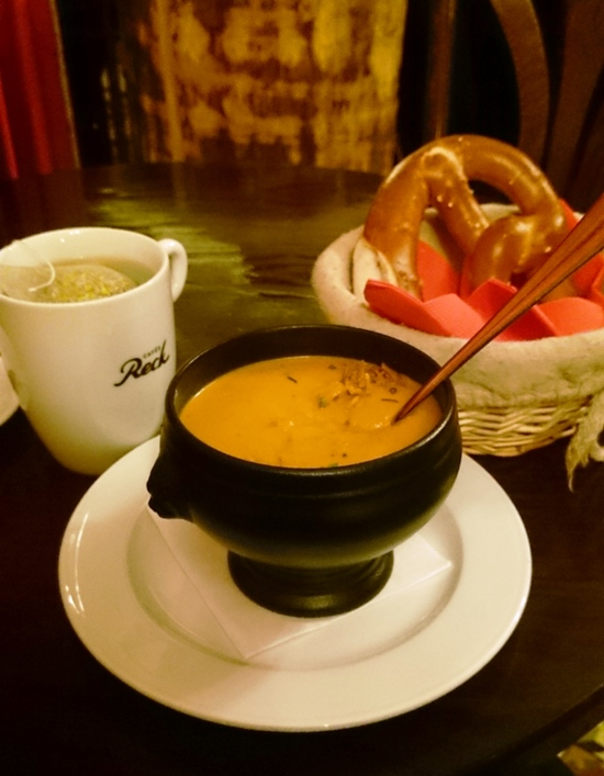 Soup & Bretzel