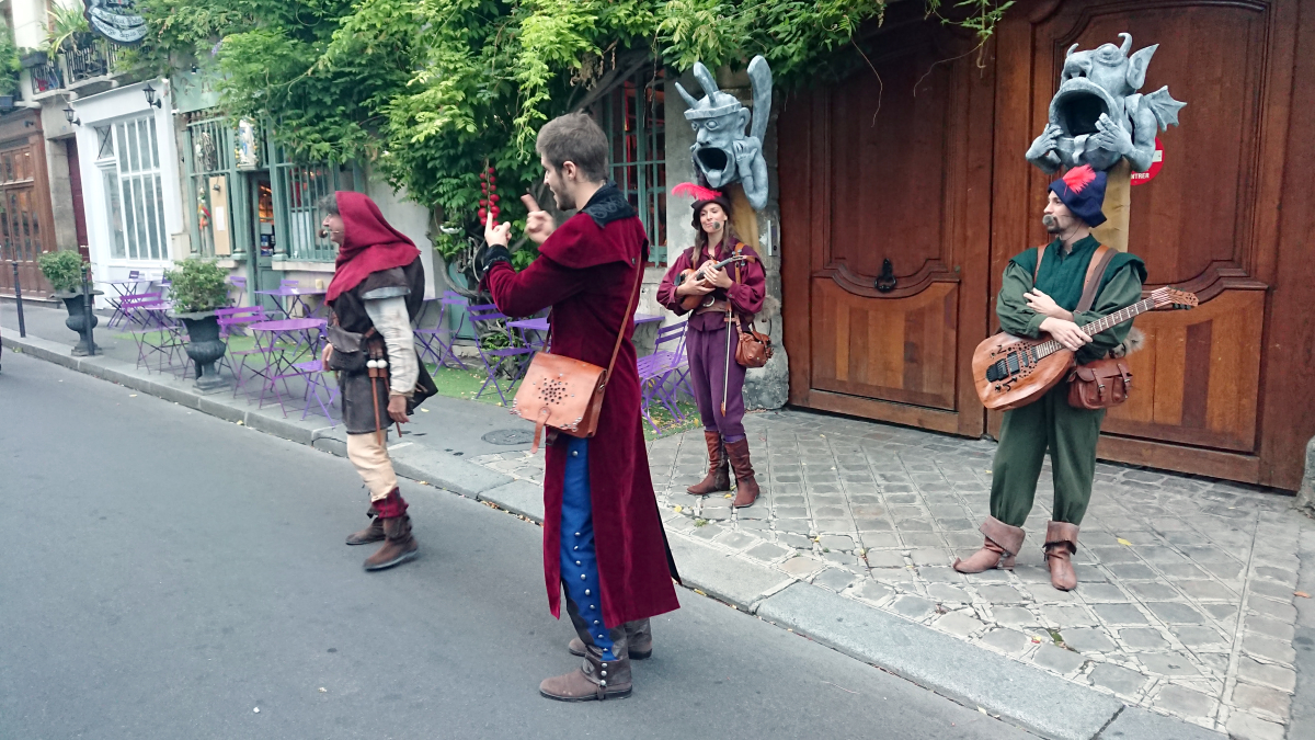 The Troubadours with the Grand Veneur and the Hunchback.