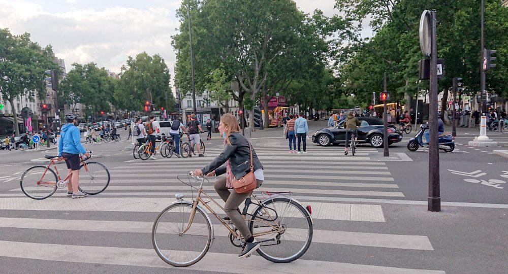 Cyclists at the Place de la Bastille
