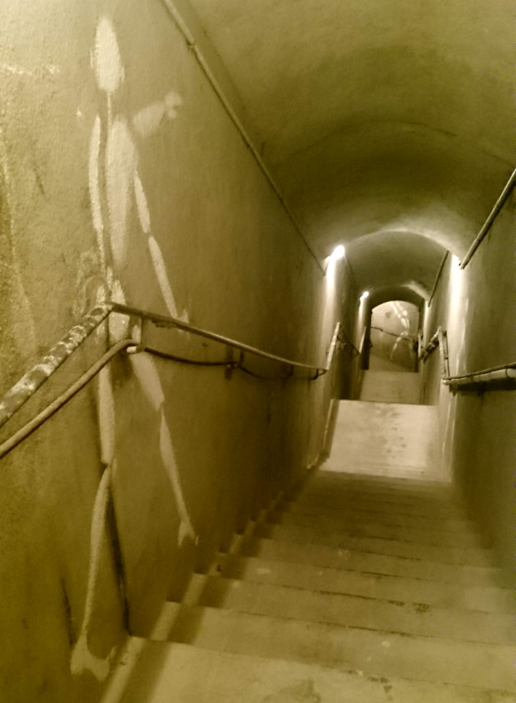 secret tunnel to catacombes