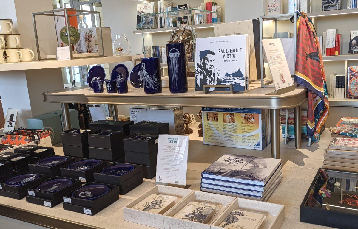 Bookstore-Boutique