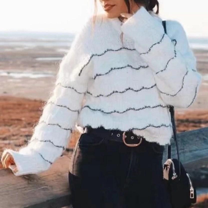 Jaki Wybrać Sweter na Jesień! Sweterek Biały w Czarne Paski