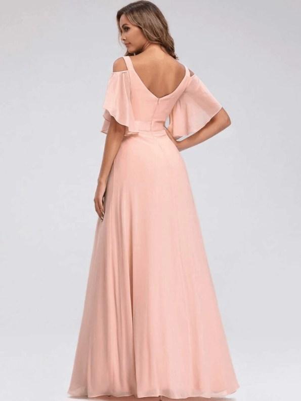 Secret Wish Boutique Sukienka Długa Brzoskwiniowa Rozkloszowana z Odsłoniętym Dekoltem Maxi_01