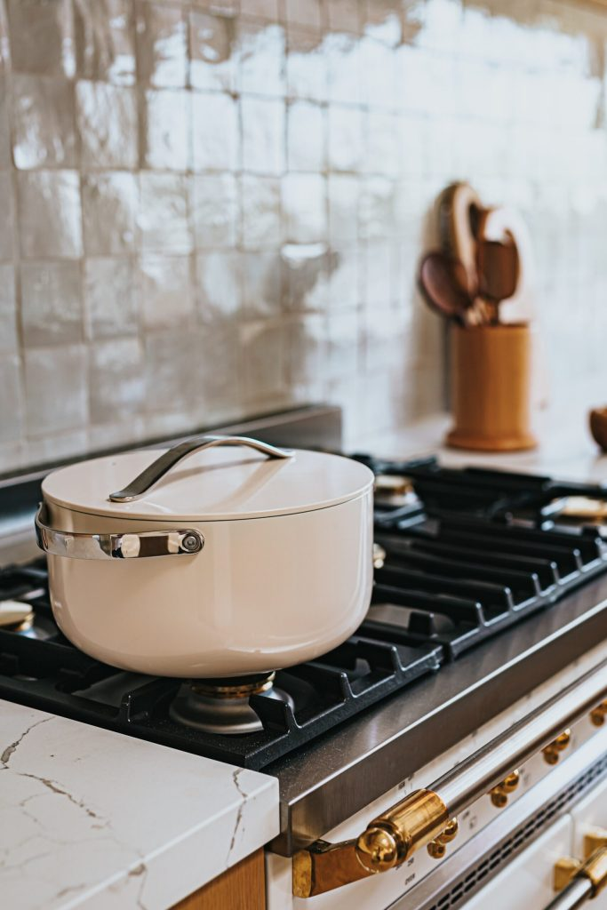 Cooktops: Your finest ingredients, great pots and recipes would not matters if you can't control the heat and flames in your cooking.