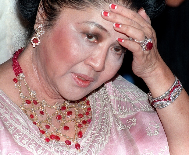 Philippines To Sell Jewellery Confiscated From Imelda