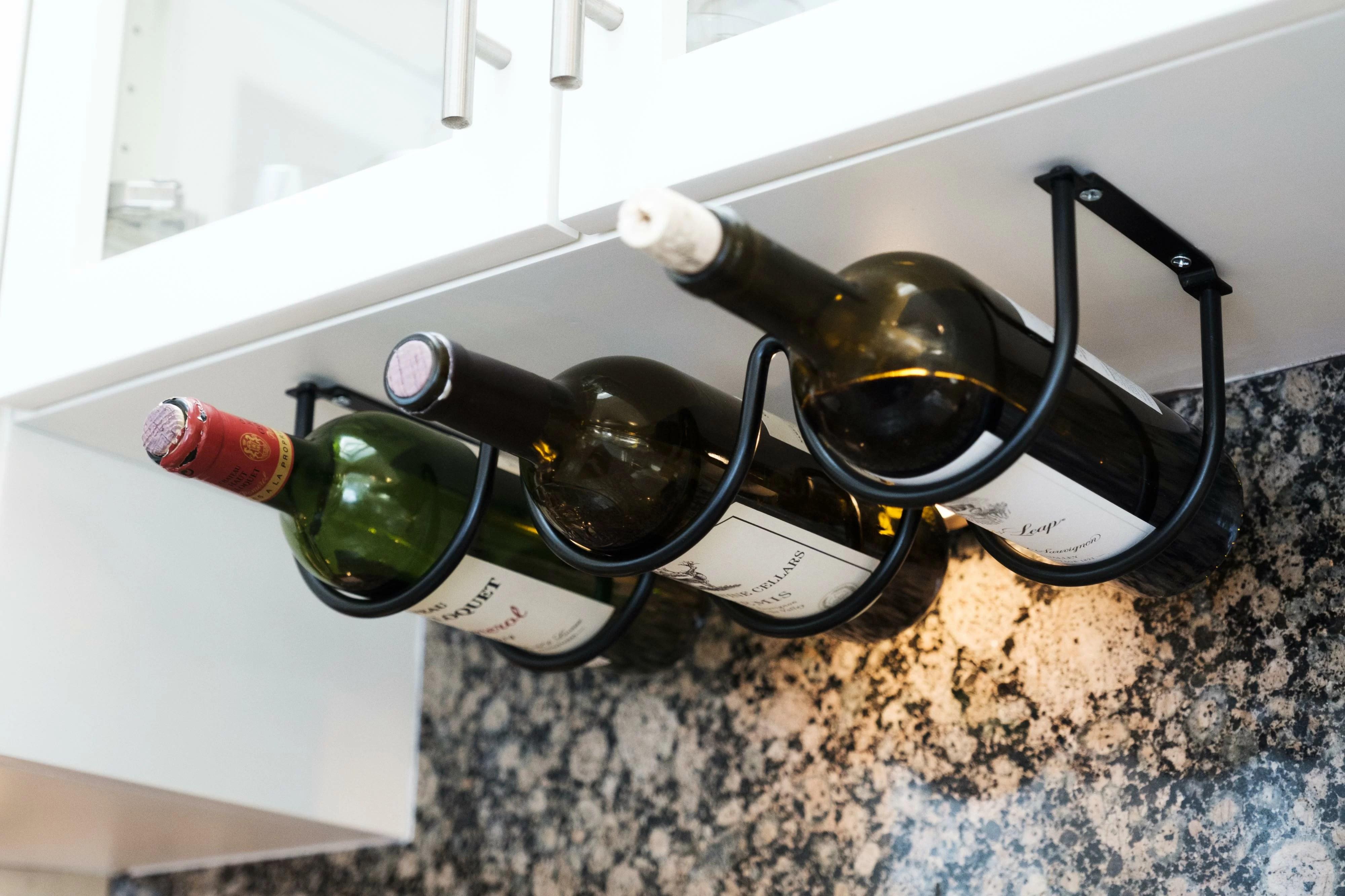 munn 3 bottle hanging wine bottle rack